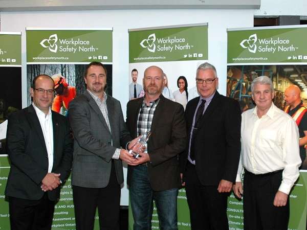 MacIntyre representatives accepting President's Award for health and safety excellentce